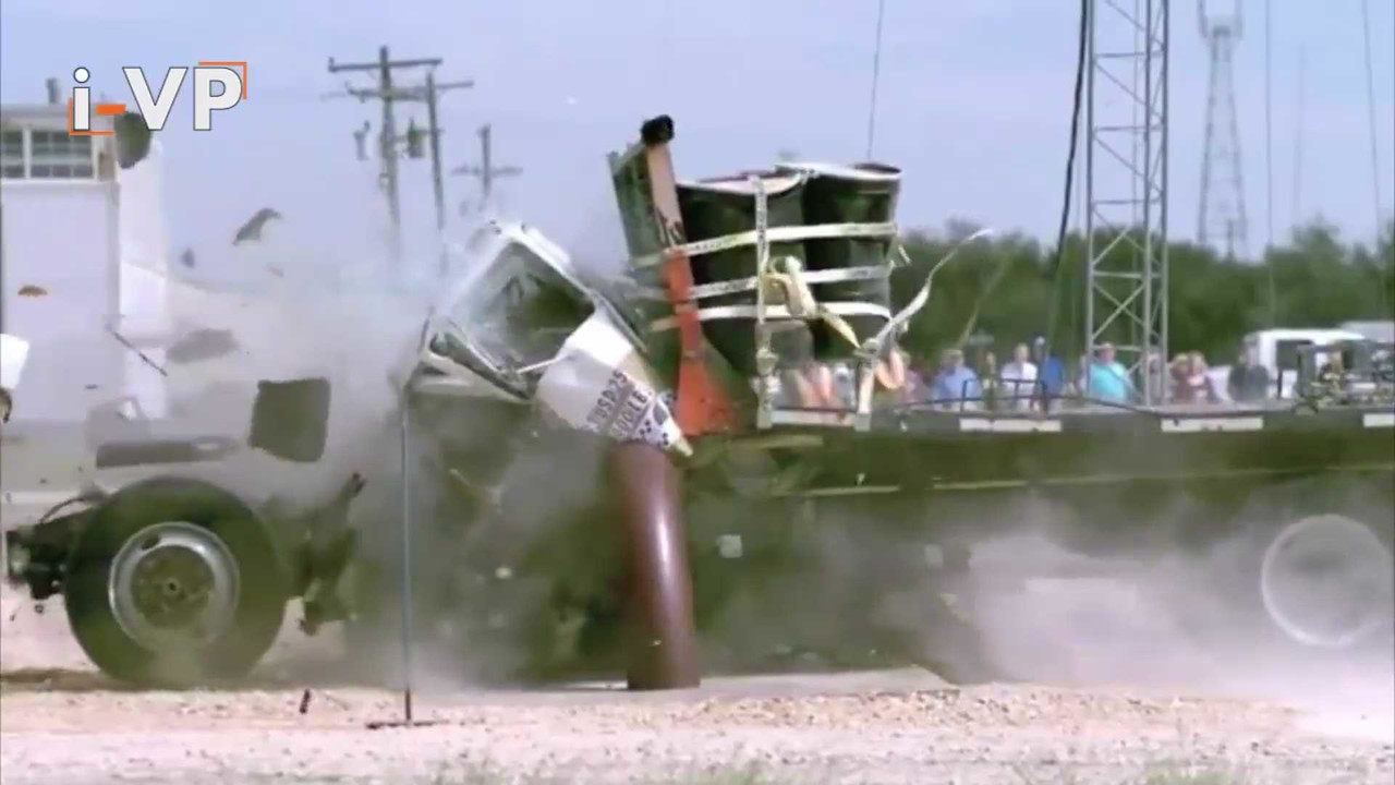Truck Barrier Crash Test