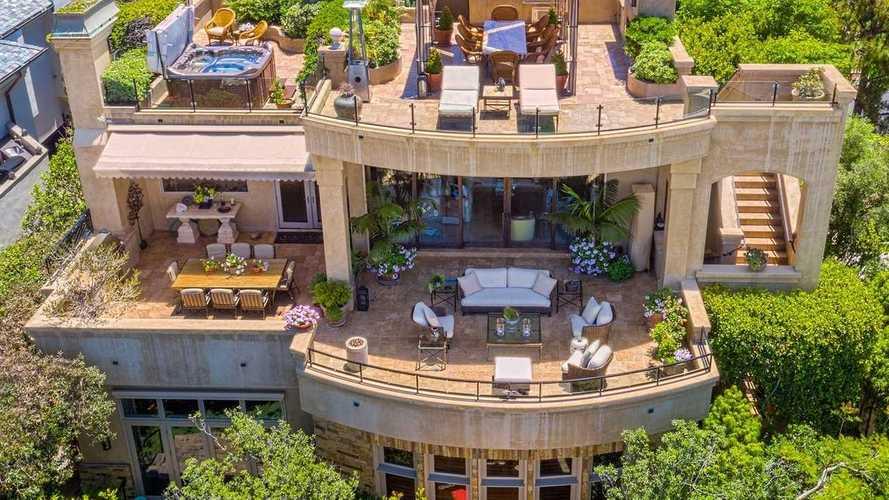 An 11-Car Garage Mansion In Laguna Beach Is Going To Auction