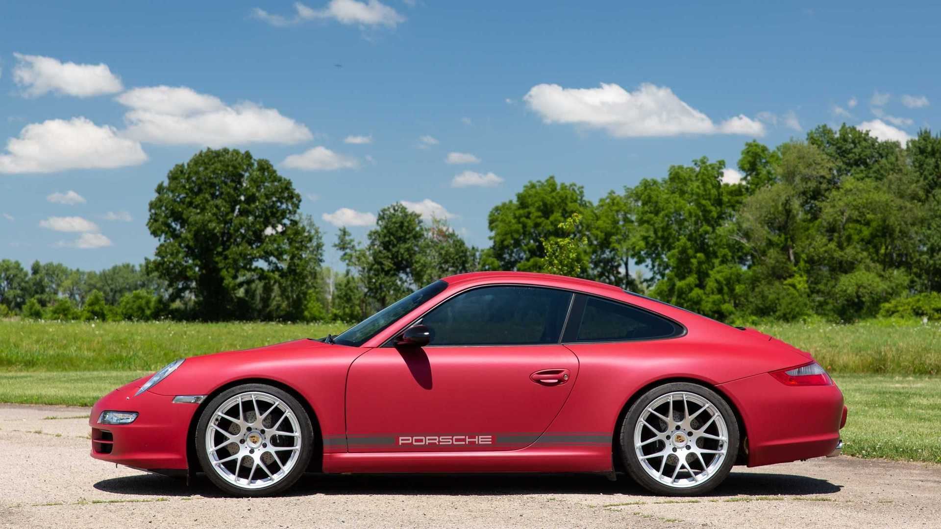 """[""""Steal The Show In This Gorgeous 2005 Porsche 911 Carrera""""]"""