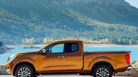 NAVARA Pick-up 4 porte