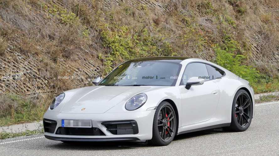 2021 Porsche 911 GTS Cabrio and Coupe spy photos