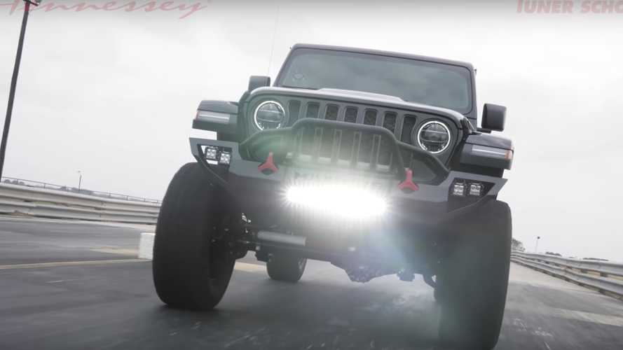 Seeing The 1,000-HP Jeep Gladiator Maximus In Action Is Intimidating