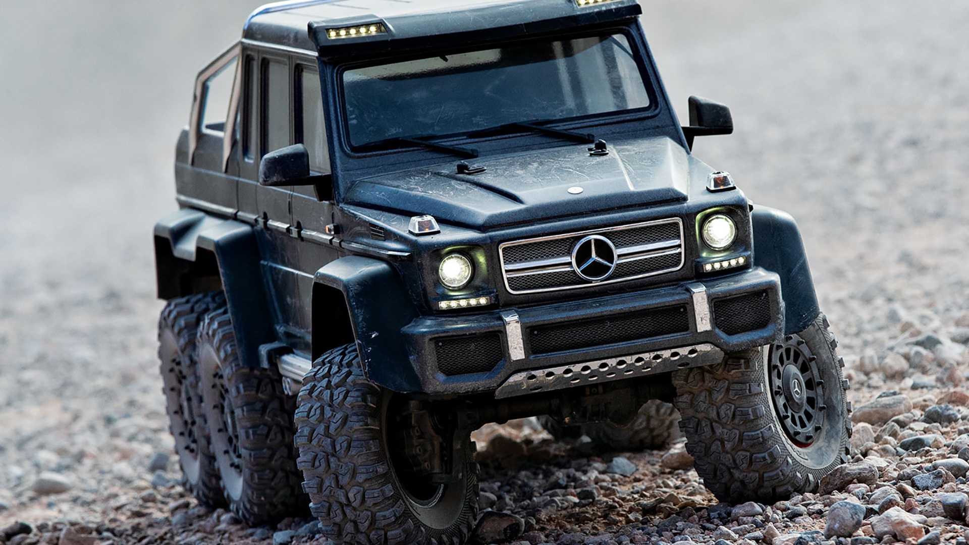 Mercedes Amg G63 6x6 Rc Does Some Epic In House Off Roading