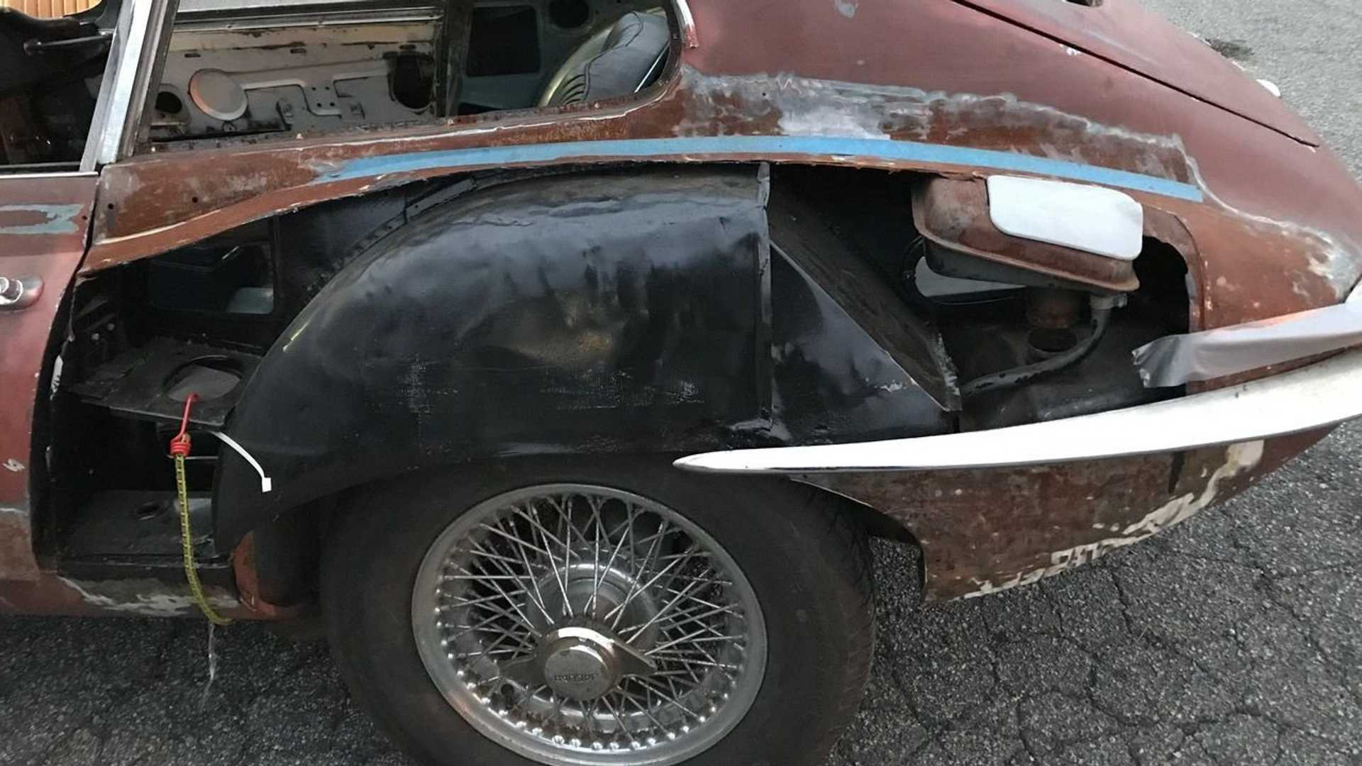 """[""""Barn Find 1967 Jaguar XKE Is The Ultimate Project Car""""]"""