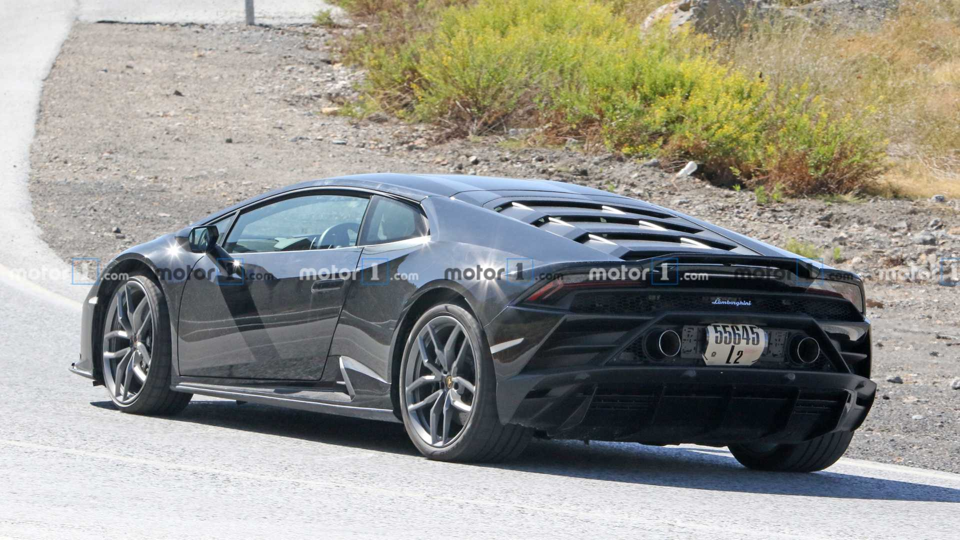 Lamborghini Huracan Evo Test Car Spied With Strange Engine Cover
