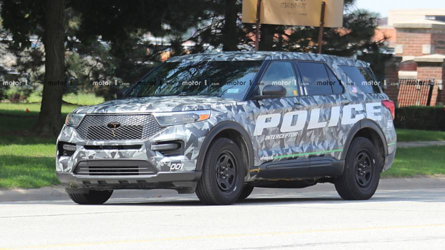 2020 Ford Explorer Police Interceptor Spy Photos
