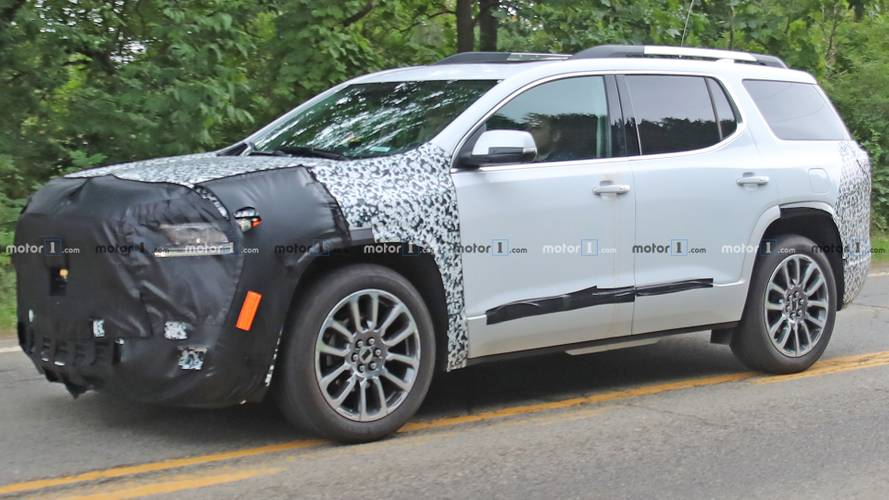 Refreshed GMC Acadia Spy Shots