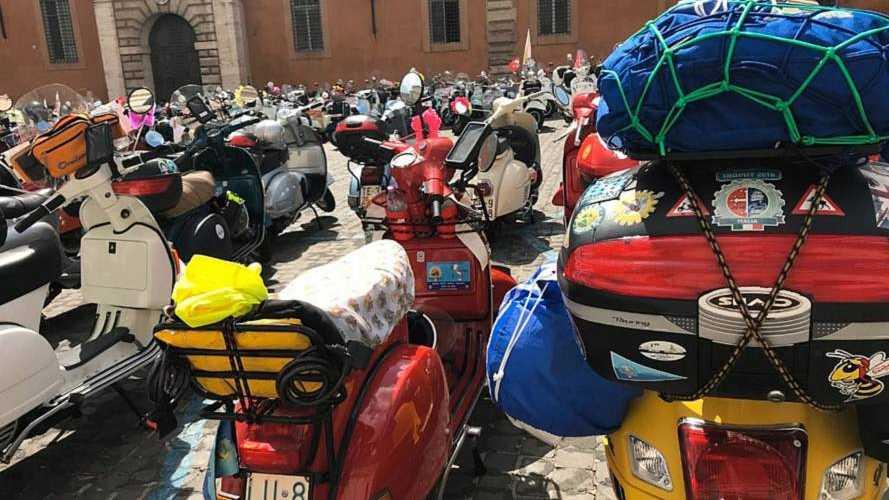 Rome Caput Vespa Rally