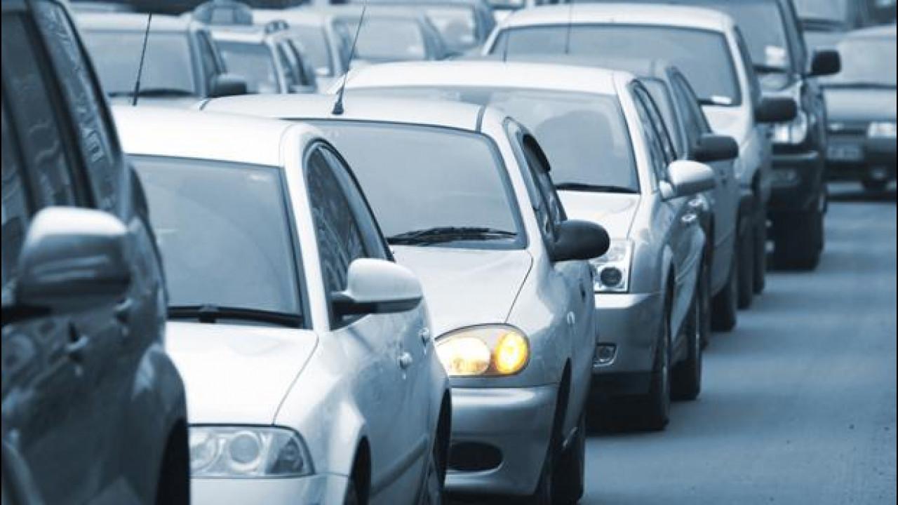 [Copertina] - Mercato auto e Governo Renzi, parla l'Unrae