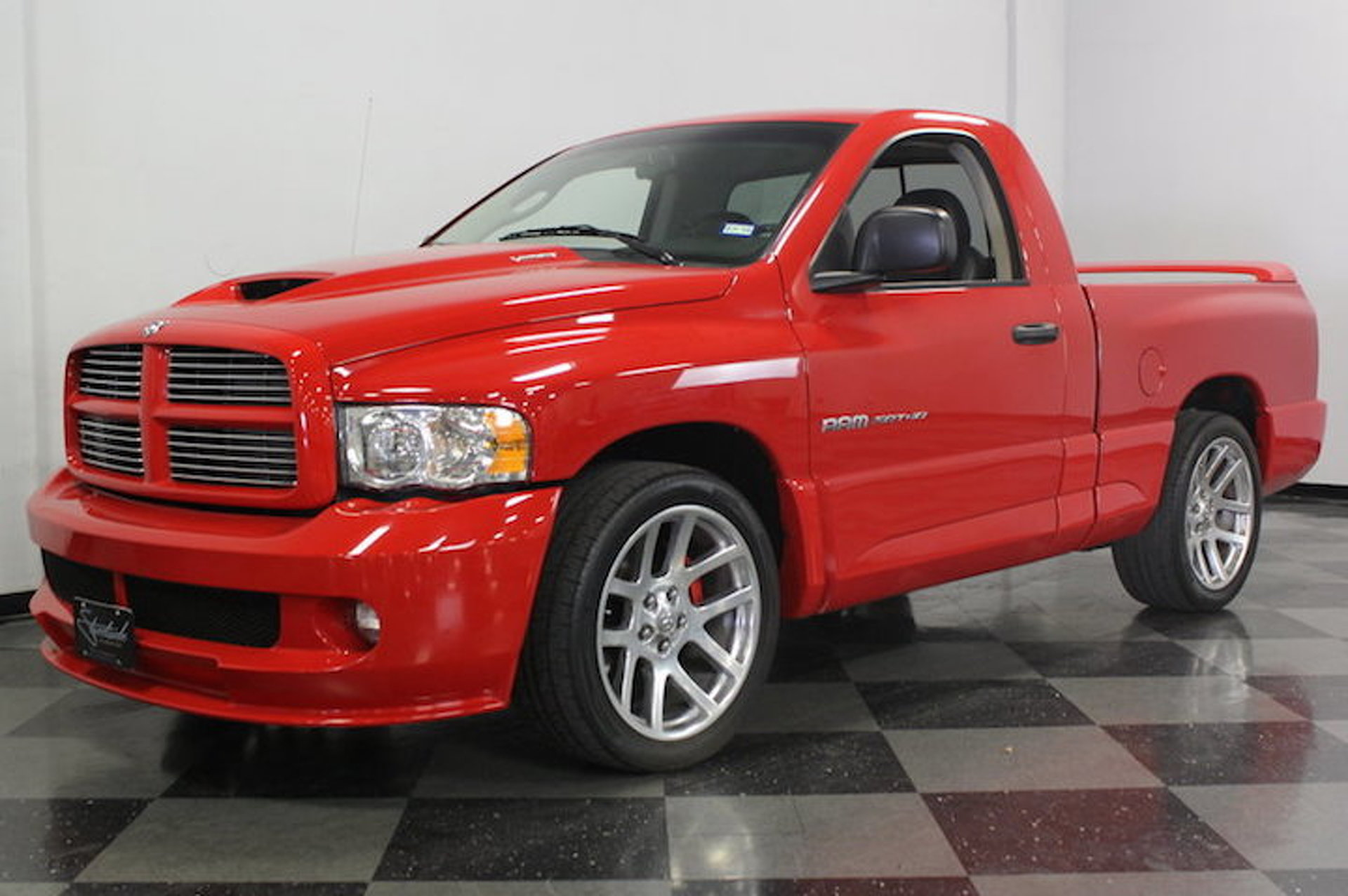 2004 Dodge Ram Srt 10 Hits Ebay Burnouts Included