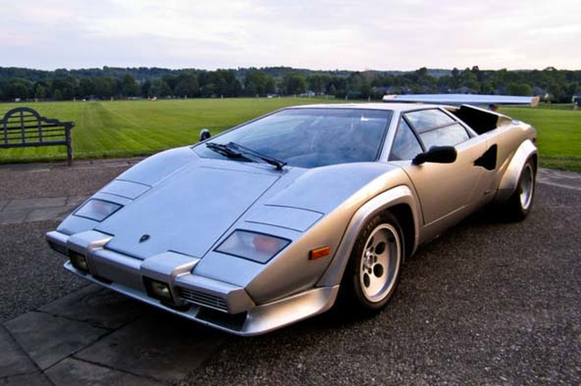 This 1982 Lamborghini Countach 5000s Is On Ebay Right Now Motor1