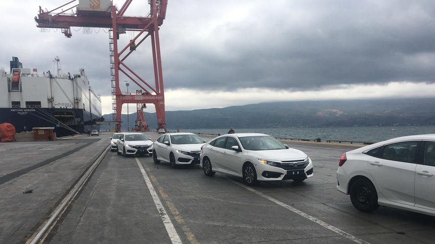 Civic Sedan, Türkiye'den Körfez ülkelerine doğru yola çıktı