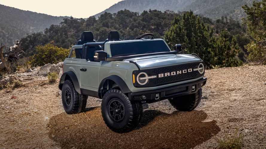 Ford Bronco Mini dari Kid Trax Bikin Anak Jadi Pusat Perhatian