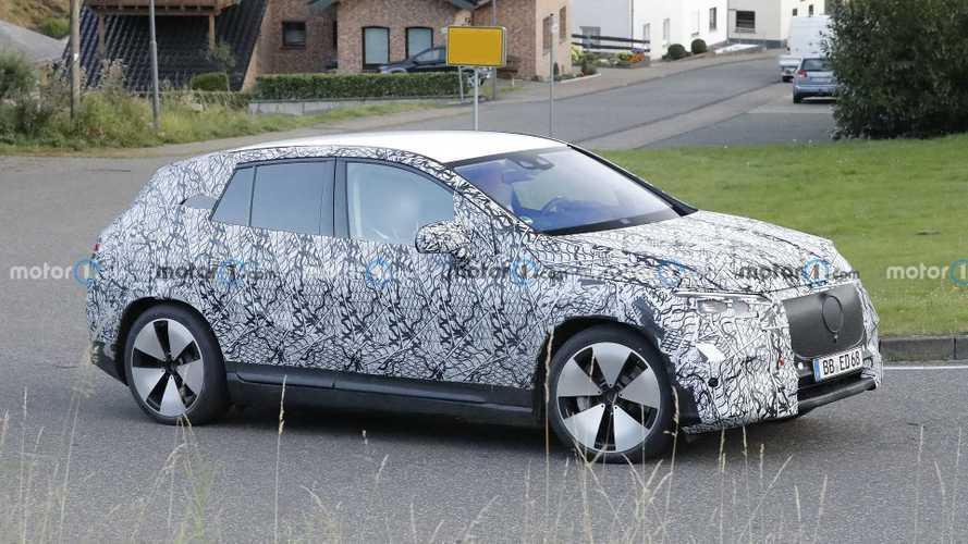 Mercedes EQE SUV zum ersten Mal erwischt