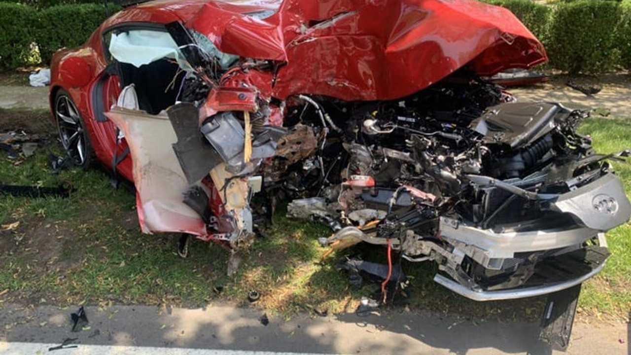 Összetört Toyota Supra