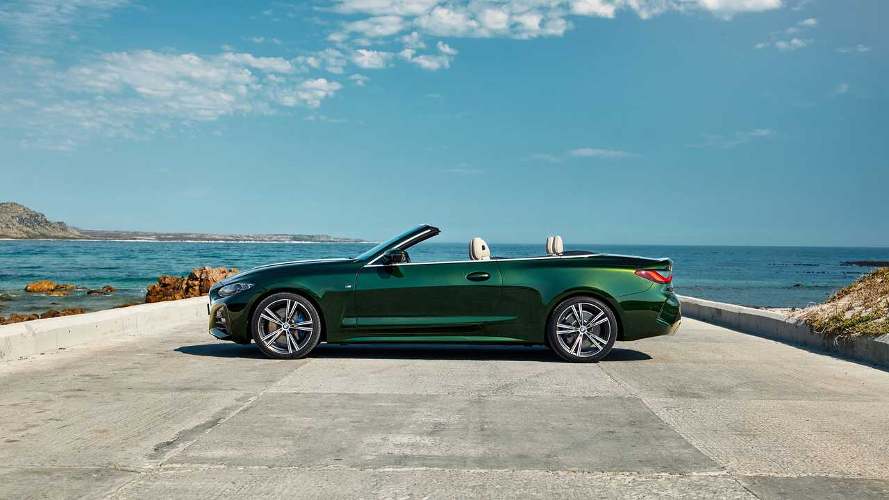 P90400426_highRes_the-all-new-bmw-4-se