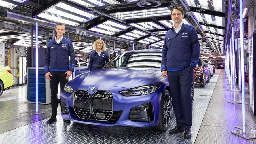 First Series-Produced BMW i4 Rolls Off Production Line In Munich