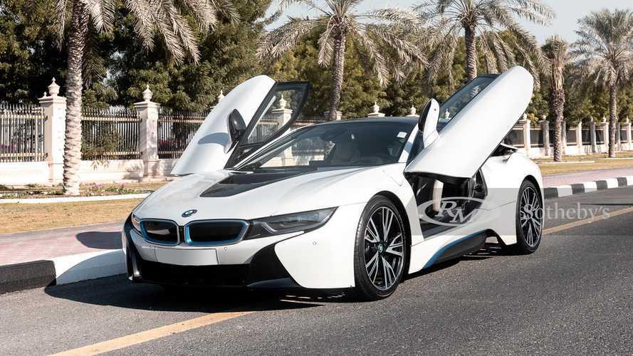 In vendita la BMW e la Rolls-Royce di Diego Armando Maradona