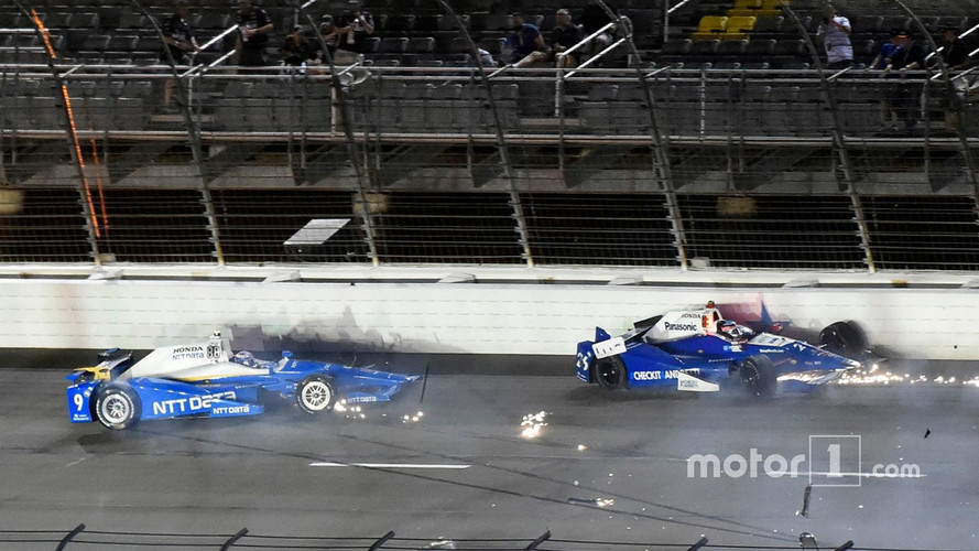 Only 6 Cars Survived Indy Race In Texas, Watch What They Survived