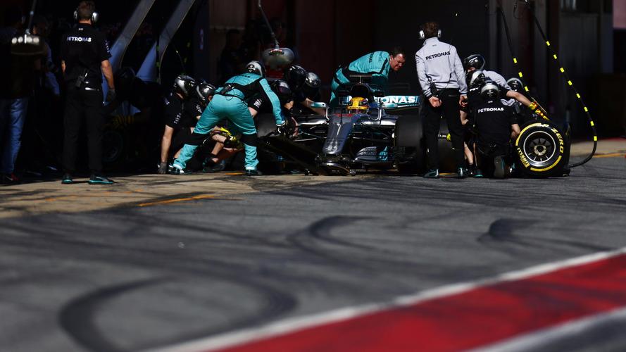 Vídeo - É recorde! Mercedes faz pit stop em apenas 1s8