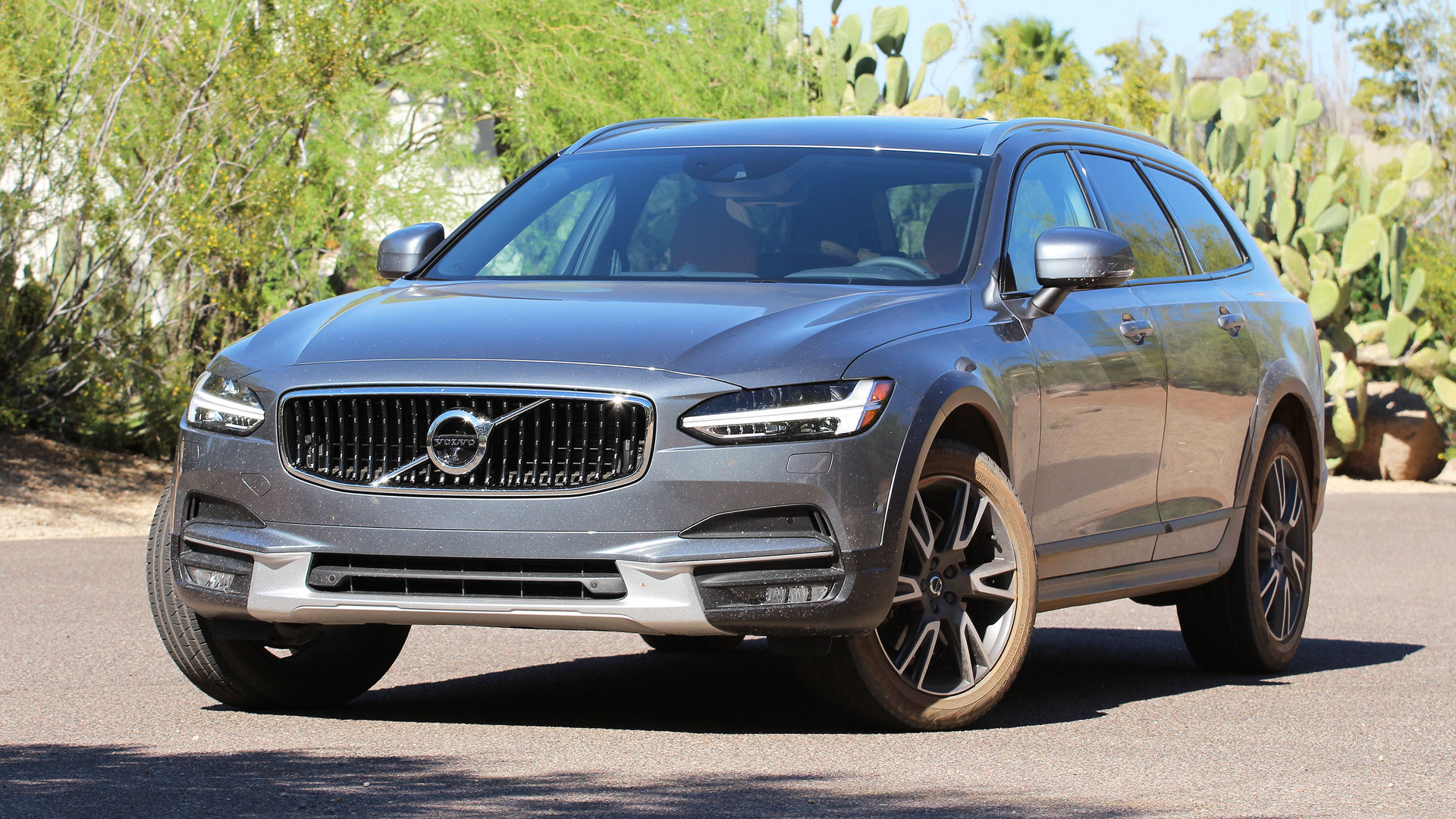 2017 volvo v90 cross country first drive like an suv, but betterVolvo Xc Cross Country #18