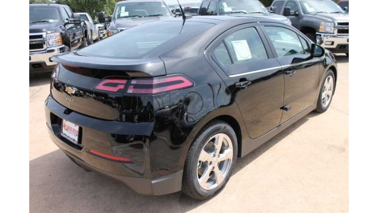 Chevrolet Volt Sales Hold Steady In July