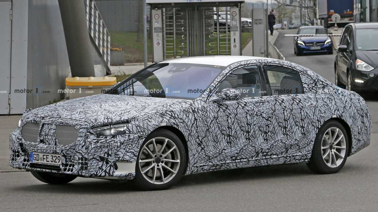 New Mercedes S Class Spied With Pop Out Door Handles