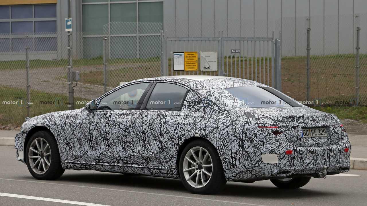 2021 foto spia della Classe S Mercedes