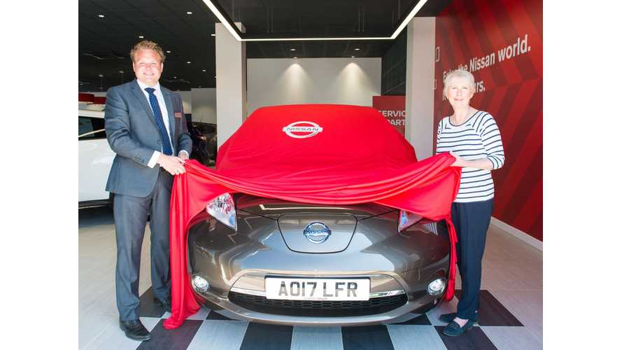 Nissan Delivers Its 20,000th LEAF In UK