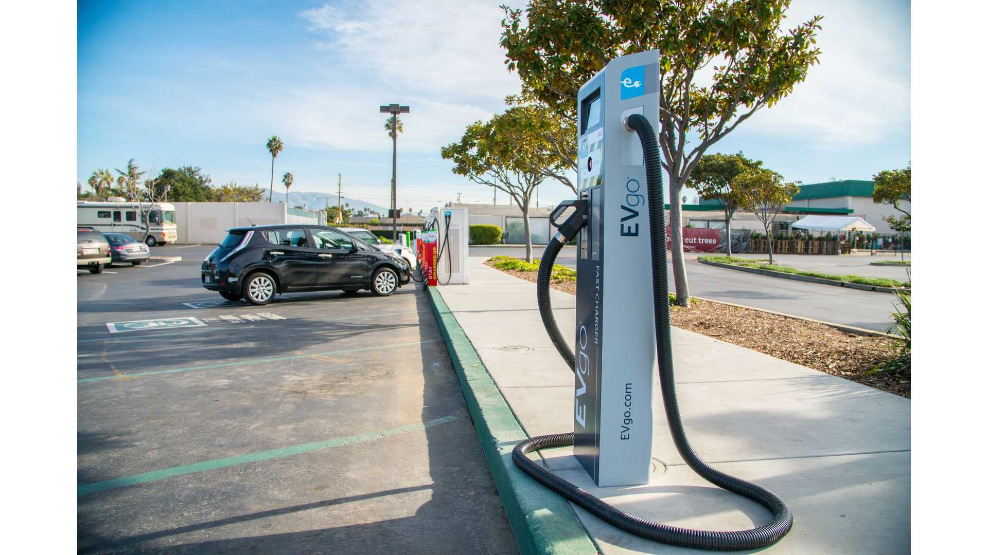 Evgo Charging Stations >> Evgo Abb Deploy Nation S First 150 Kw Dc Fast Charger In