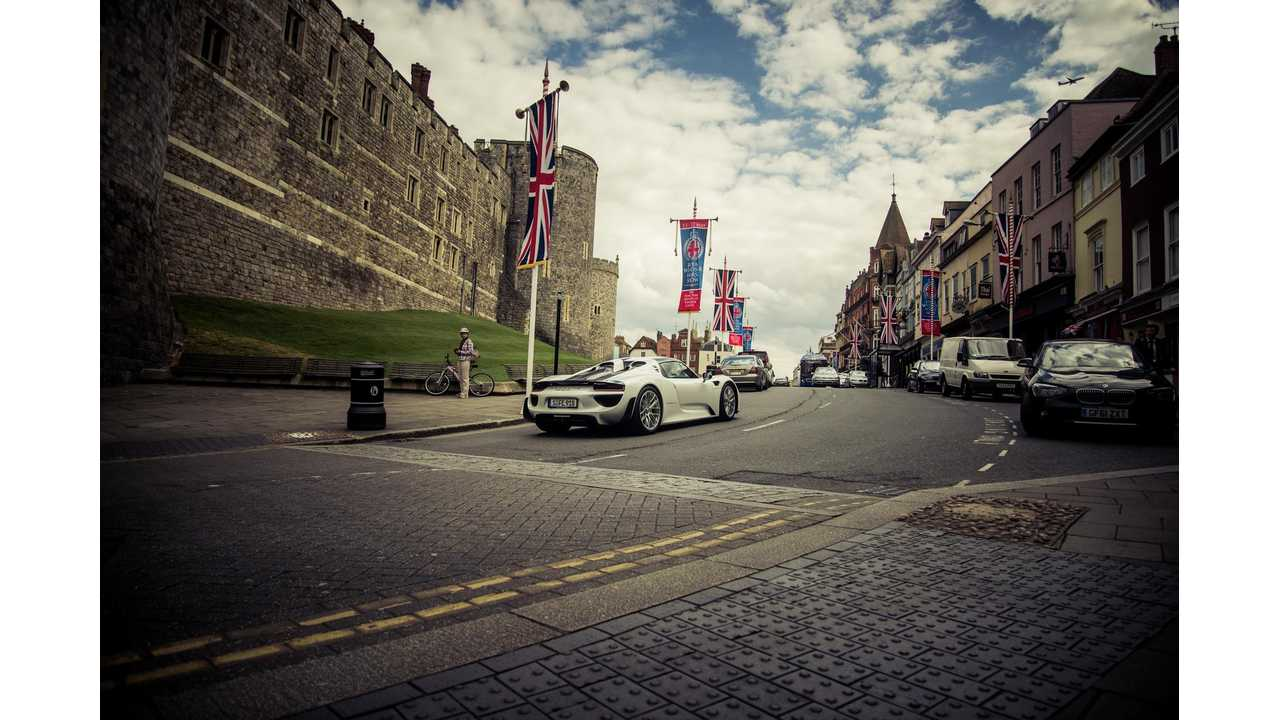 To Celebrate 10 Million Facebook Likes, Lucky Porsche Fan Will Drive 918 Spyder 622 Miles In England