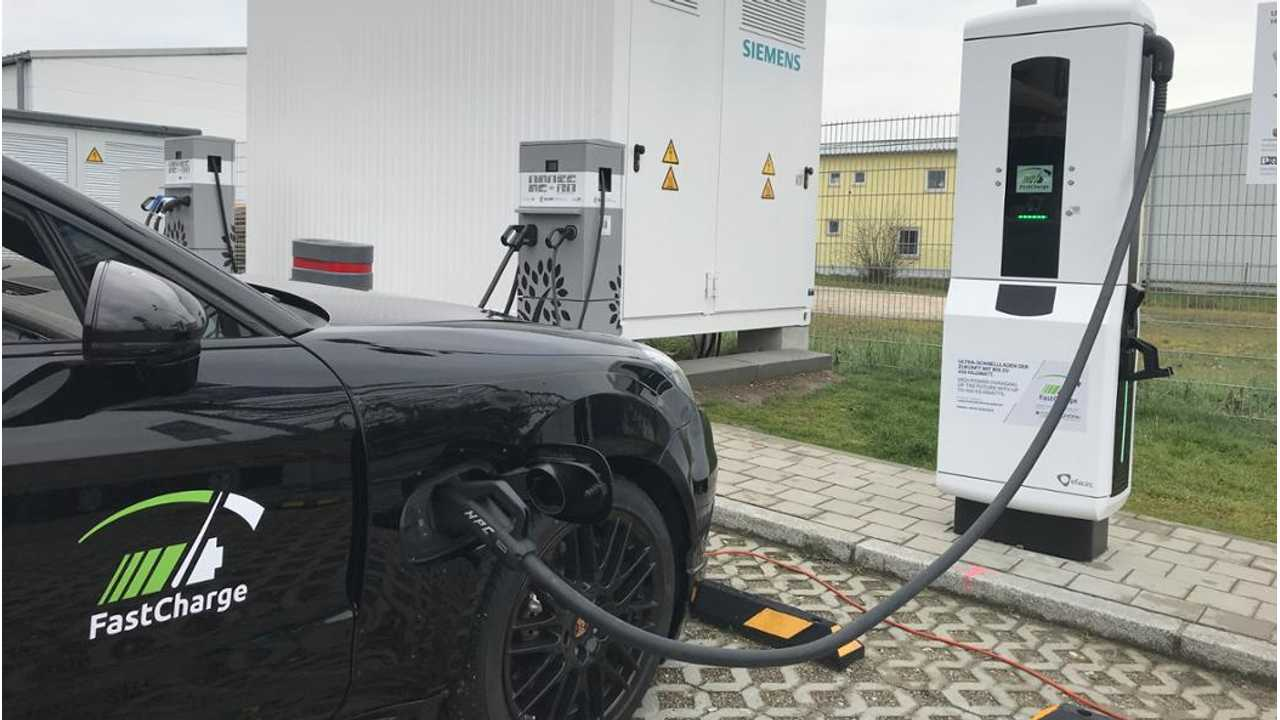 """Research Project """"FastCharge"""" and Porsche EV charging at over 400 kW"""
