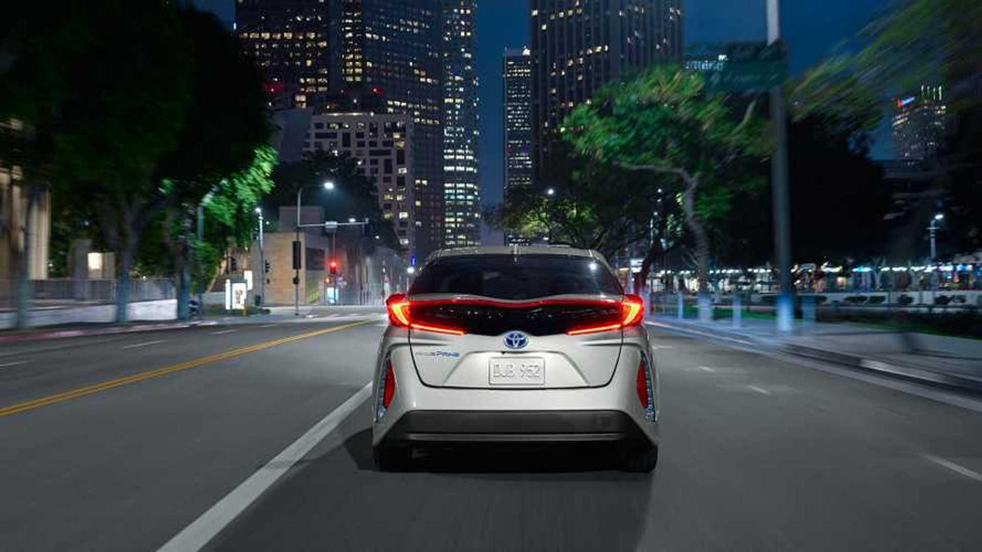 Toyota Prius Prime: Detailed Range/Efficiency Ratings - 27 Miles