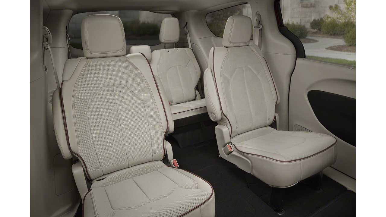 Chrysler Pacifica Hybrid 7 or 8 Seat Options