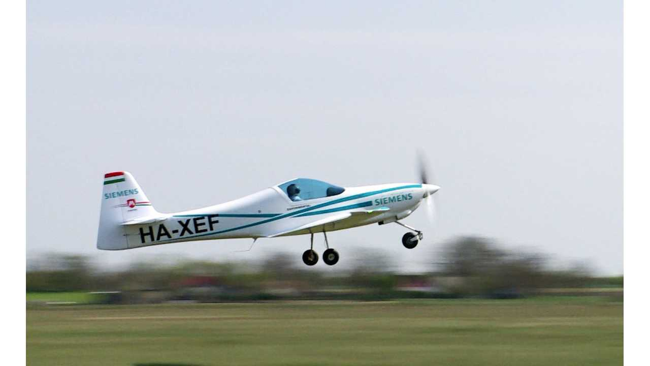 eFusion Electric Plane Crash Turns Deadly, Fleet Grounded
