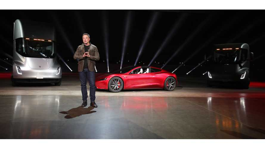 Tesla Finally Releases Full Video From Semi, Roadster Reveal