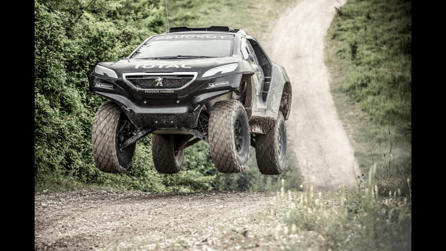 Peugeot trasforma la 2008 nella DKR per la Dakar 2015