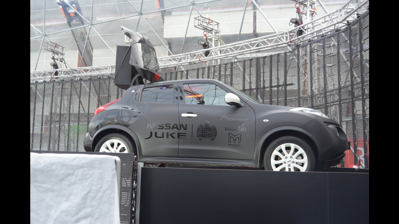 Motor Show 2012: disco Nissan!