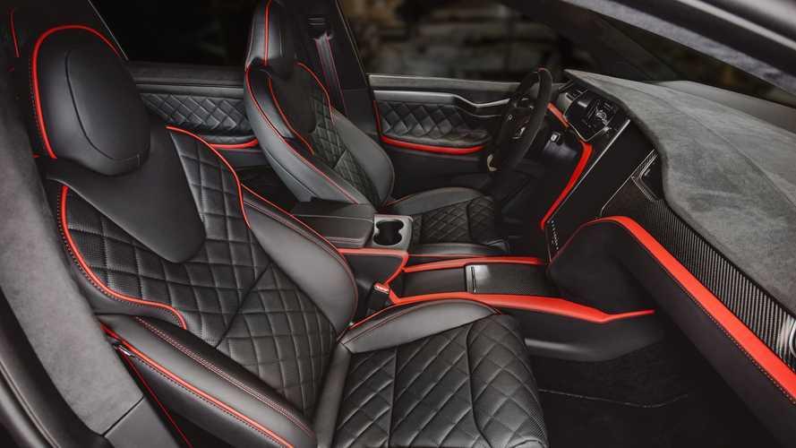 "Tesla Model X, il ""regalo speciale"" di Vilner Garage"