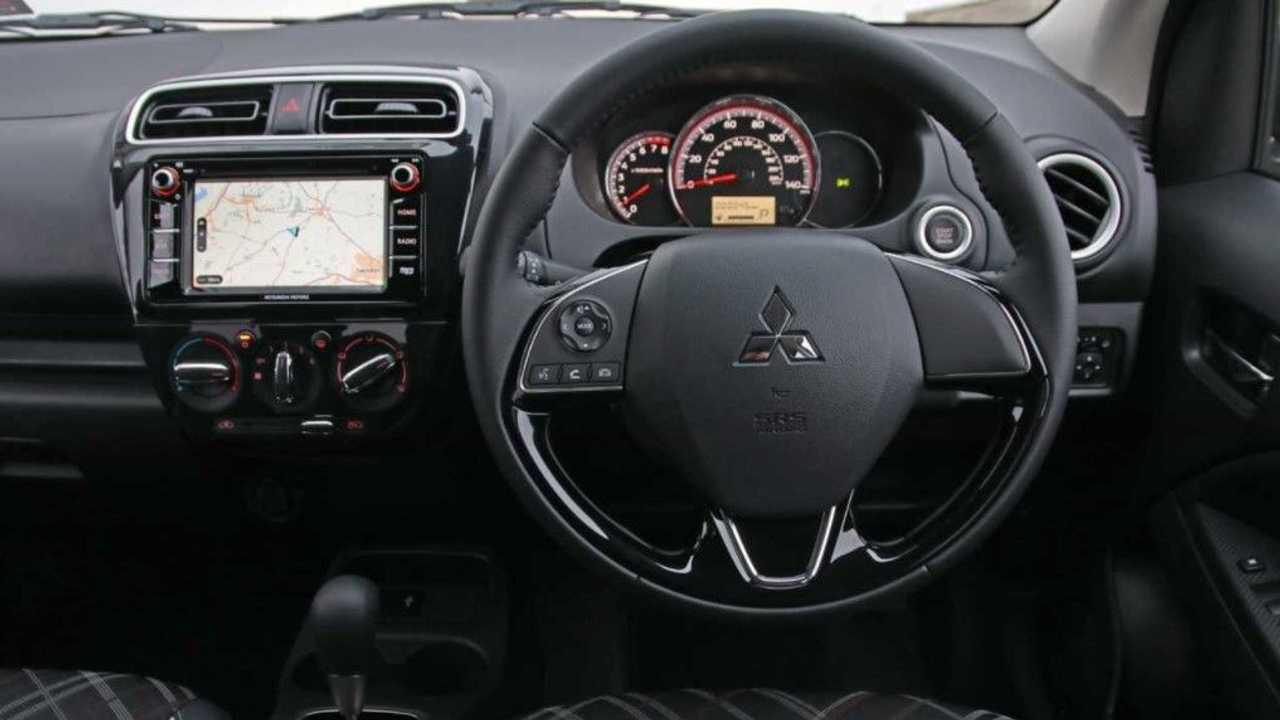 Mitsubishi Mirage 2020 interior
