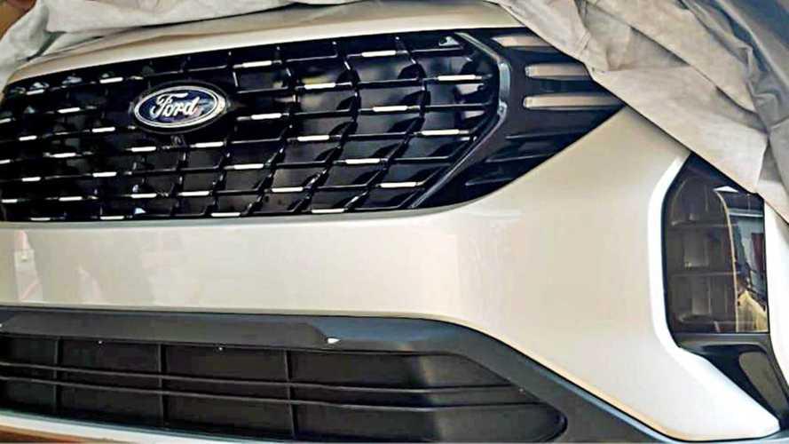 "Novo Ecosport? Primeiro SUV da parceria Ford-Mahindra ""vaza"" na Índia"