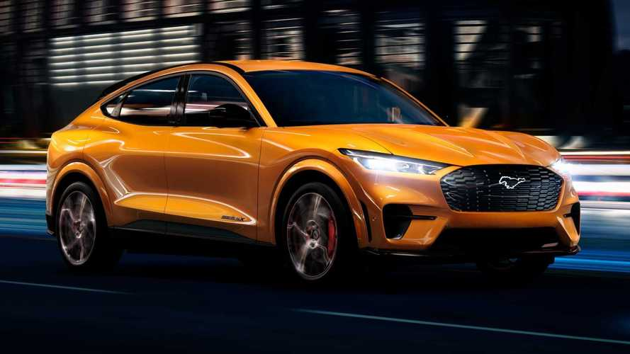 Mustang Mach-E GT vai a 100 km/h em 3,7 s e tem 500 km de autonomia