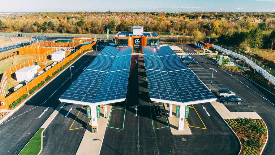 UK's first Electric Forecourt opens