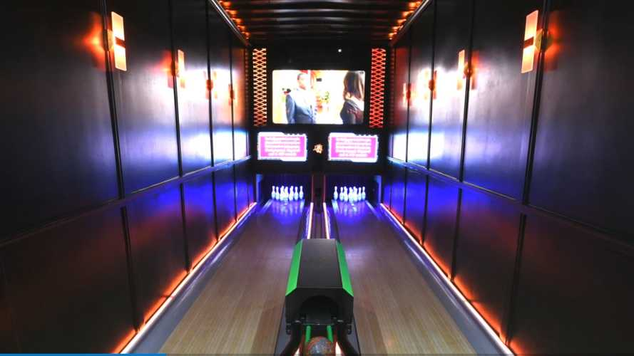 Bowling Alley In A Trailer Makes Perfect Sense During A Pandemic