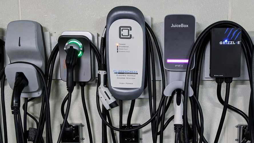 EV Owners With Permanently-Mounted L2 Chargers At Home Are More Satisfied: JD Power