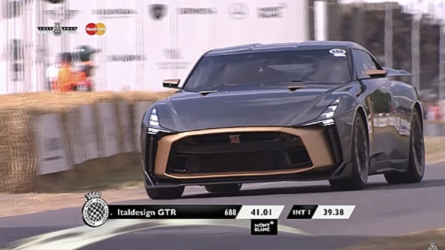 Italdesign GT-R50 Goodwood'da hareket halinde