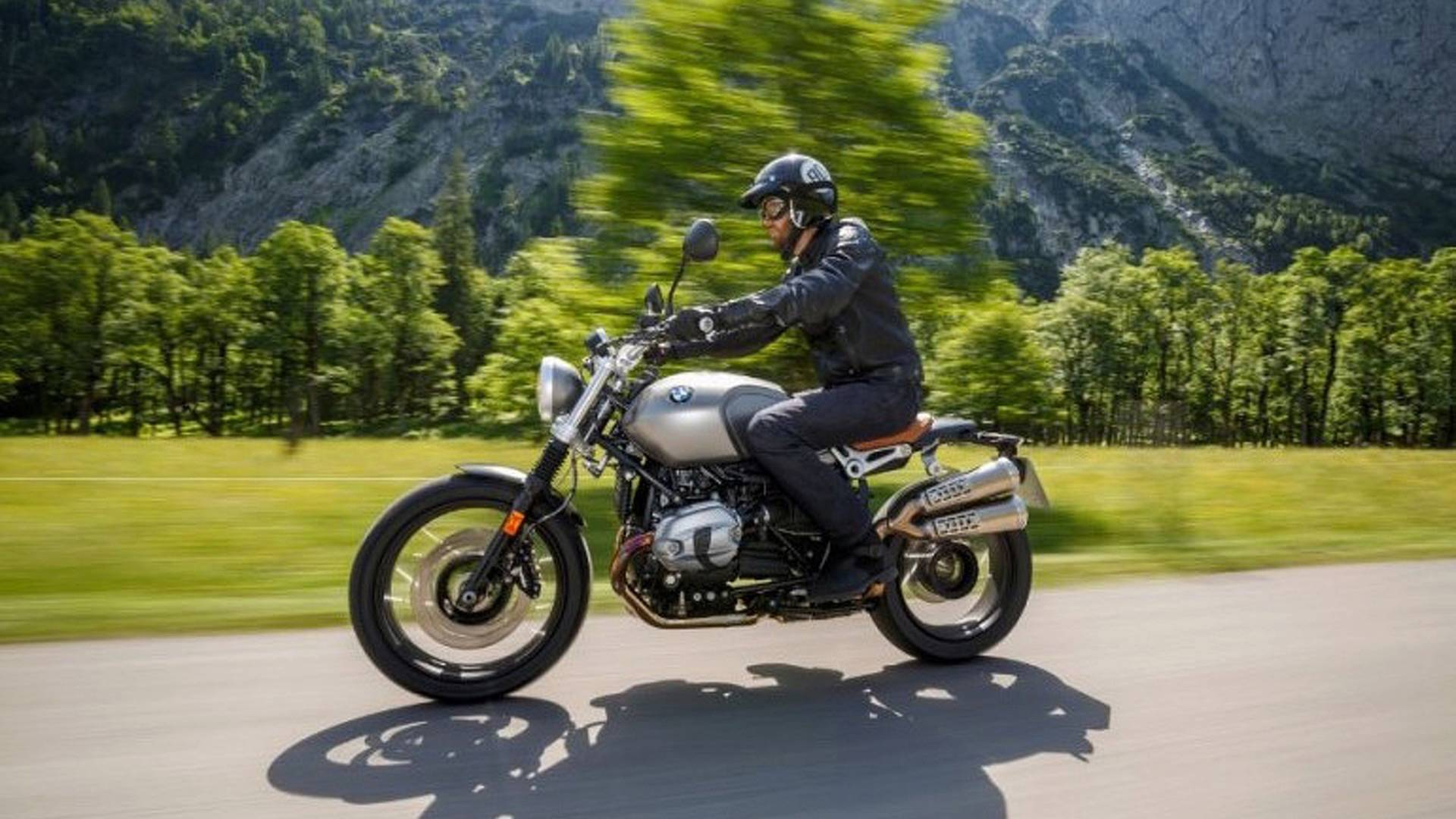 5 Things To Know About The 2017 BMW R nineT Scrambler