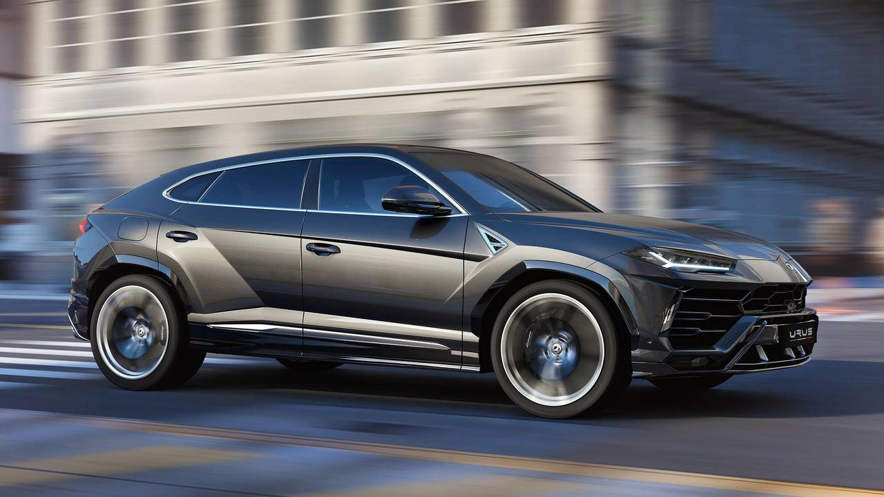 All The Cars You Can Buy With Four Wheel Steering This Makes For Great Handling And Control But It Also Means Lamborghini Urus Rear