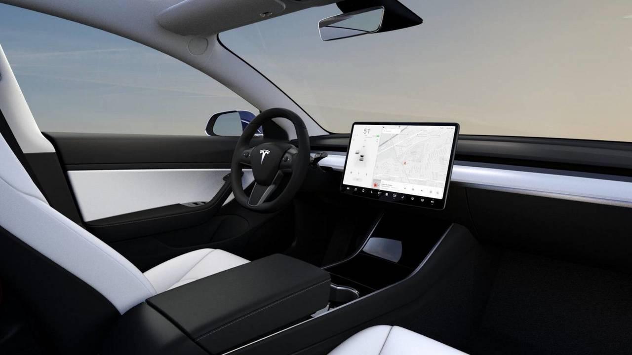 Tesla Model 3 interni bianchi