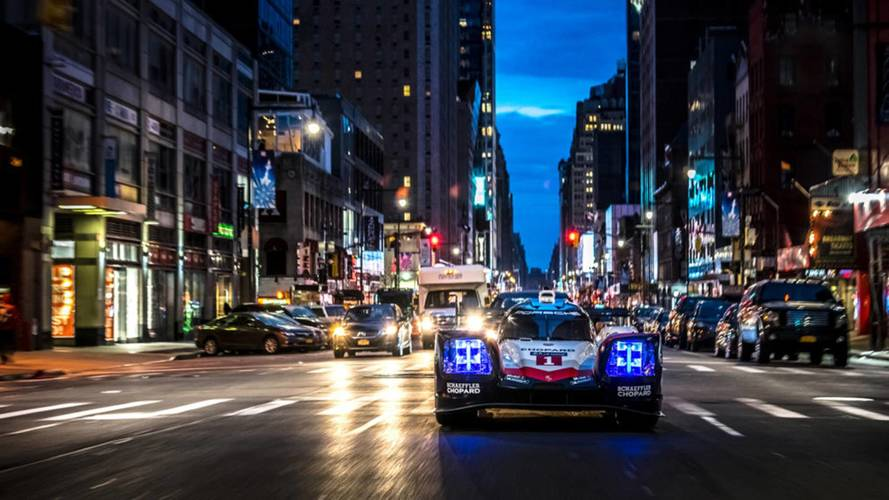 El Porsche 919 Hybrid se deja ver por las calles de Nueva York